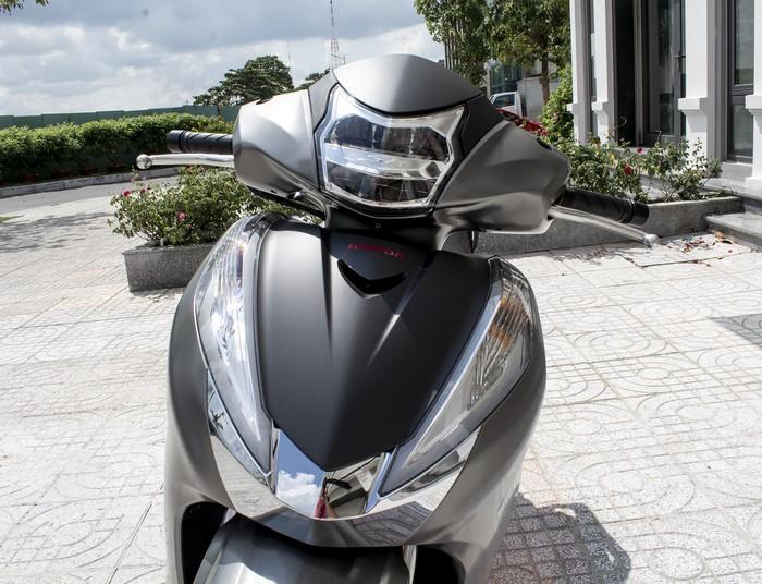 Honda SH 300i 2019 về VN sau 2 tuần ra mắt, giá 270-300 triệu - Hình 5