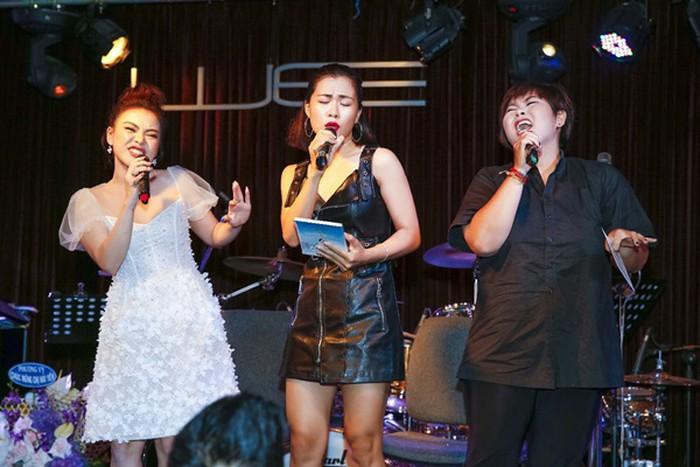 Nguyễn Hải Yến mỏng manh, ngọt ngào bên cạnh nhạc sĩ Bảo Chấn tại họp báo - Hình 11