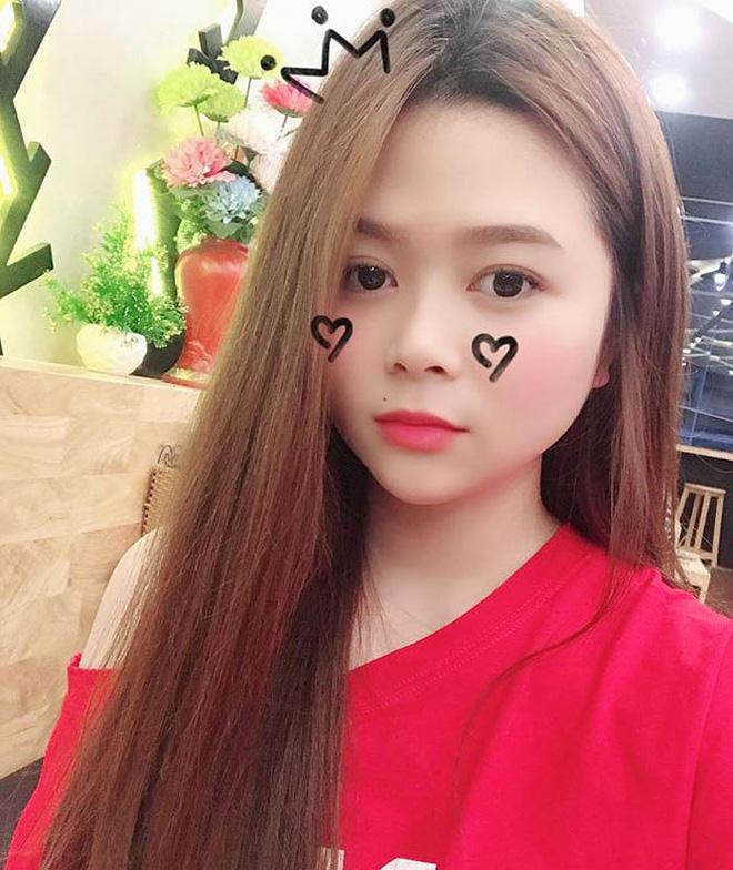 Vẻ đẹp gợi cảm của bạn gái tuyển thủ Việt Nam Phạm Đức Huy - Hình 10
