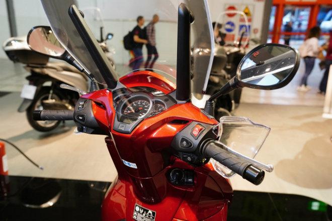 Đánh giá vua tay ga 2019 Honda SH300i: Có gì mà hút hồn dân Việt đến thế? - Hình 6