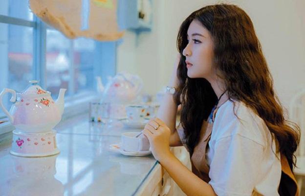 Điểm mặt dàn hotgirl xinh đẹp 9x Việt đời cuối đầy tài năng - Hình 20