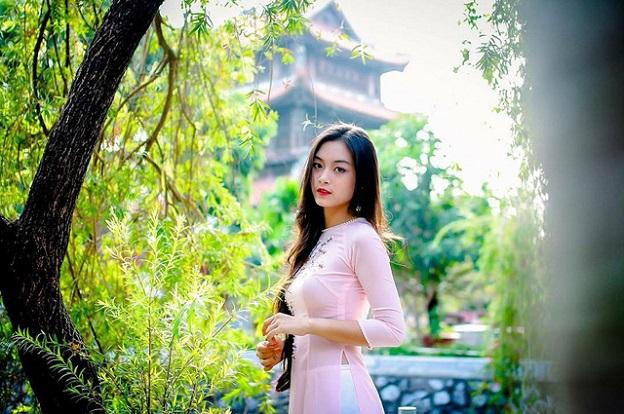 Điểm mặt dàn hotgirl xinh đẹp 9x Việt đời cuối đầy tài năng - Hình 7