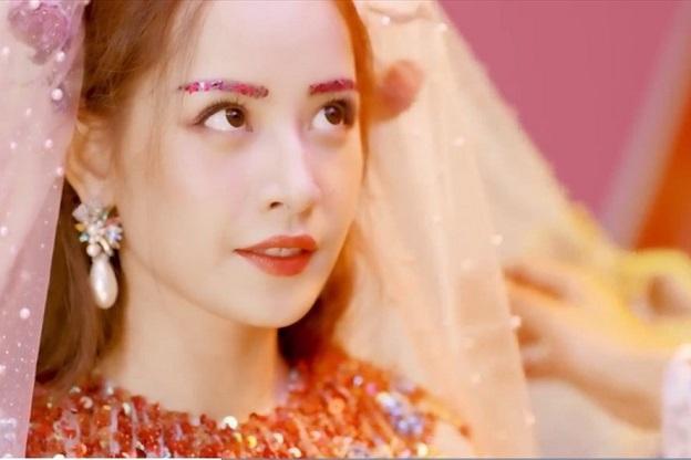 Ngắm Chi Pu hotgirl số 1 Việt Nam đẹp không góc chết trong loạt MV, trước khi thành cô ca sĩ tai tiếng - Hình 11