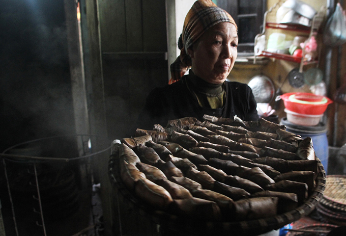Ngôi làng ở Hà Nội có trăm hộ làm bánh gai có hình khác lạ - Hình 7