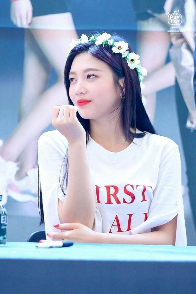 Top 5 mỹ nhân Kpop sở hữu gương mặt tròn xinh đẹp nhất, bất chấp trào lưu mặt v-line - Người đẹp