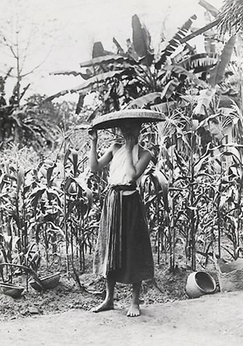 Chùm ảnh: Ngẩn ngơ yếm thắm của kiều nữ Việt xưa - Hình 3