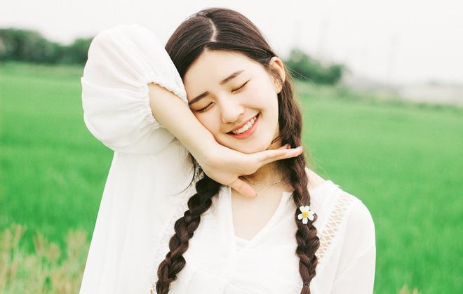 Cô nàng Hot girl Trung Quốc với vẻ đẹp xiêu lòng - Hình 4