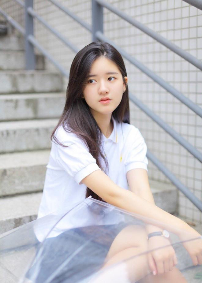 Cô nàng Hot girl Trung Quốc với vẻ đẹp xiêu lòng - Hình 12