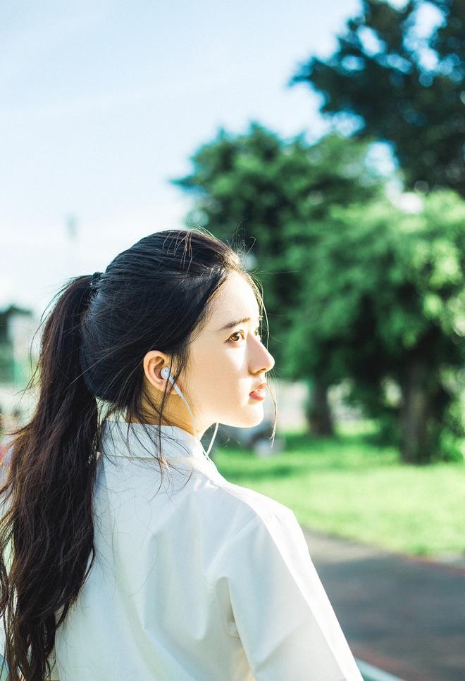 Cô nàng Hot girl Trung Quốc với vẻ đẹp xiêu lòng - Hình 5