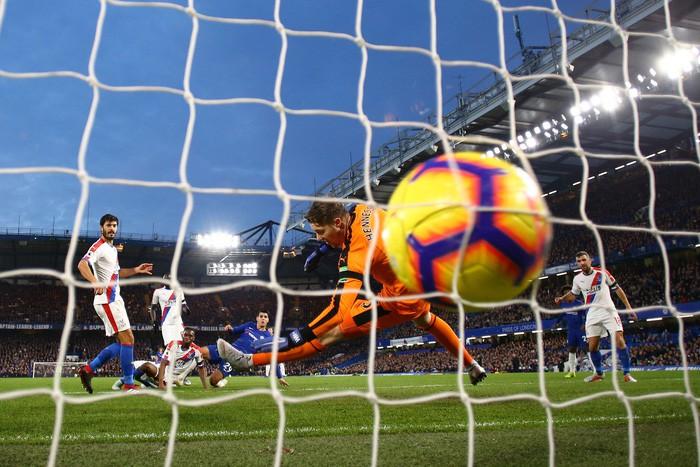 Điệu đà không cần thiết, Morata bỏ lỡ cơ hội mười mươi để lập hat-trick cho Chelsea - Hình 2