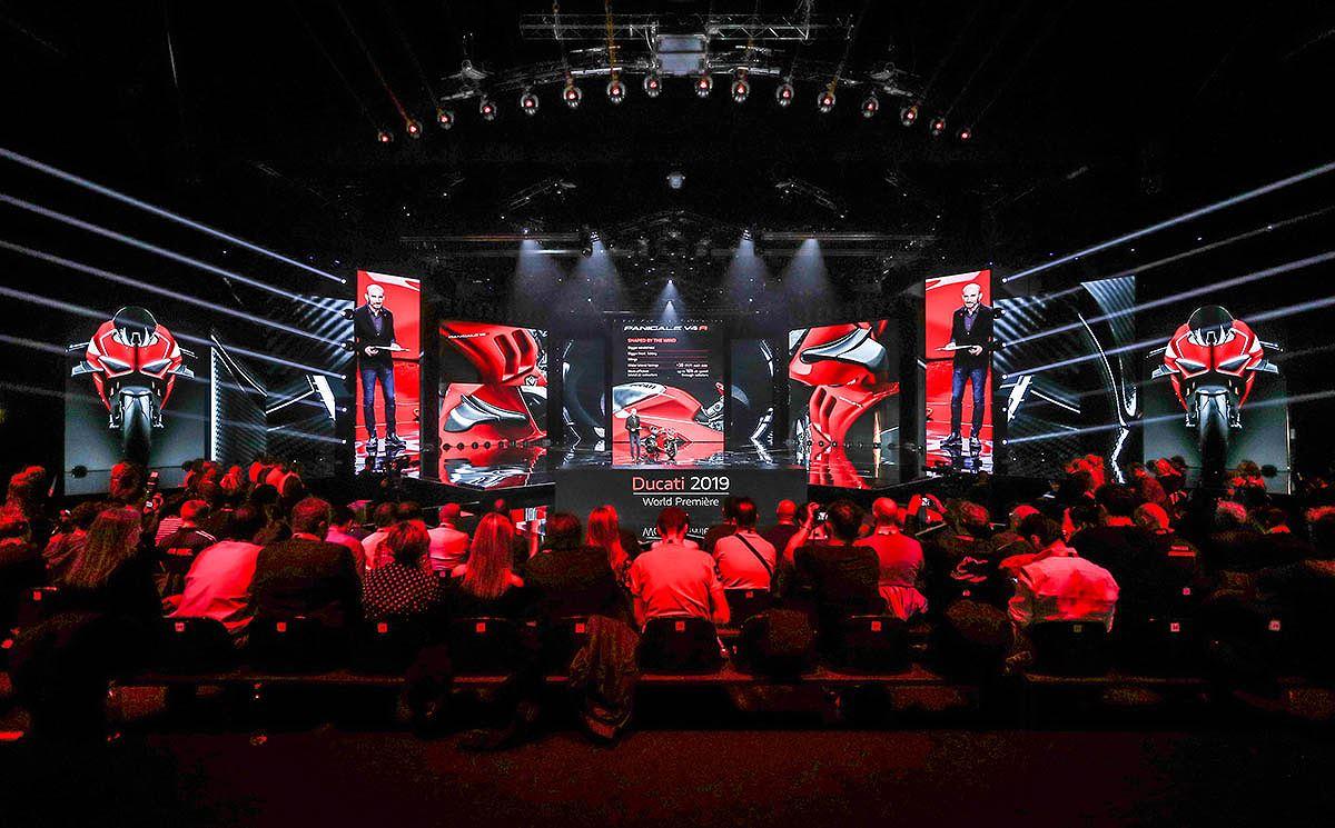 Ducati ra mắt siêu phẩm Panigale V4 R và loạt xe mới Model 2019 - Hình 2