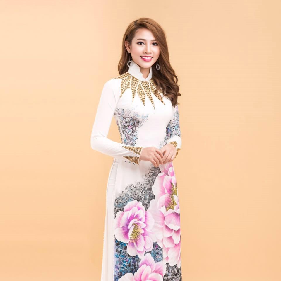 Cô nàng xứ Nghệ 9X nổi tiếng khắp mạng xã hội vì vừa xinh vừa giỏi - Hình 3