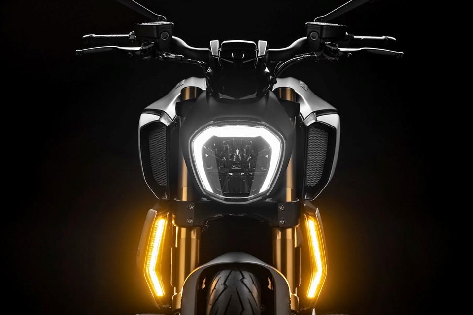 Ducati Diavel 1260 thế hệ mới ra mắt, hầm hố và hiện đại hơn - Hình 3