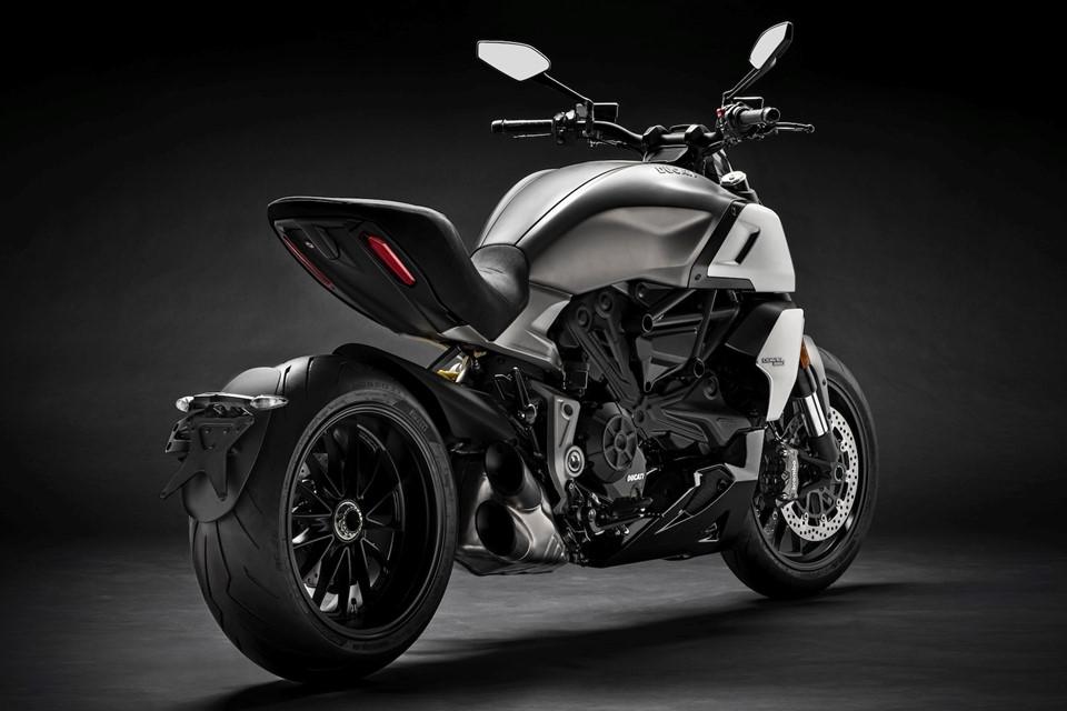 Ducati Diavel 1260 thế hệ mới ra mắt, hầm hố và hiện đại hơn - Hình 4