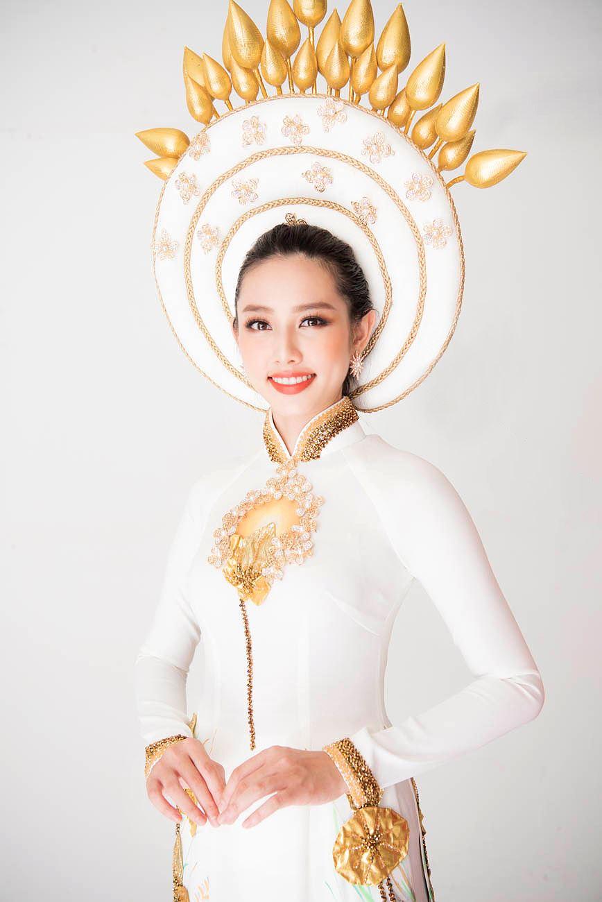 Thùy Tiên khoe vẻ đẹp nền nã với quốc phục truyền thống - Hình 10
