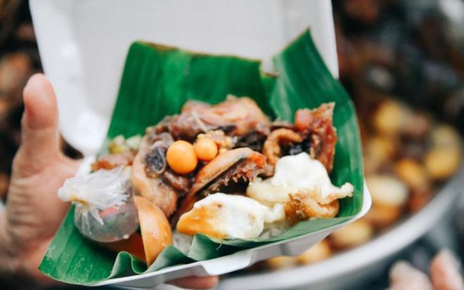 Tìm đâu những hàng xôi sáng nổi tiếng ở Sài Gòn để khởi động ngày mới - Hình 4