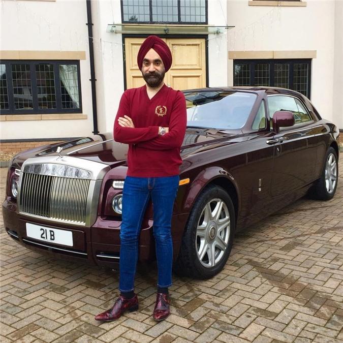 Bill Gates của Anh quốc tậu 7 chiếc Rolls-Royce sơn màu ton sur ton với khăn quấn Turban - Hình 1