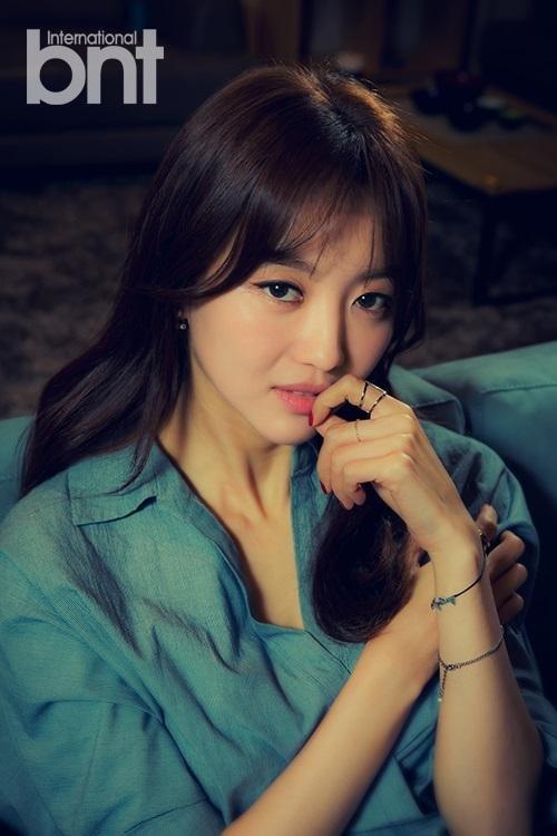 Lộ diện nữ diễn viên chính sánh đôi cùng nam diễn viên Park Shi Hoo trong Babel - Hình 2