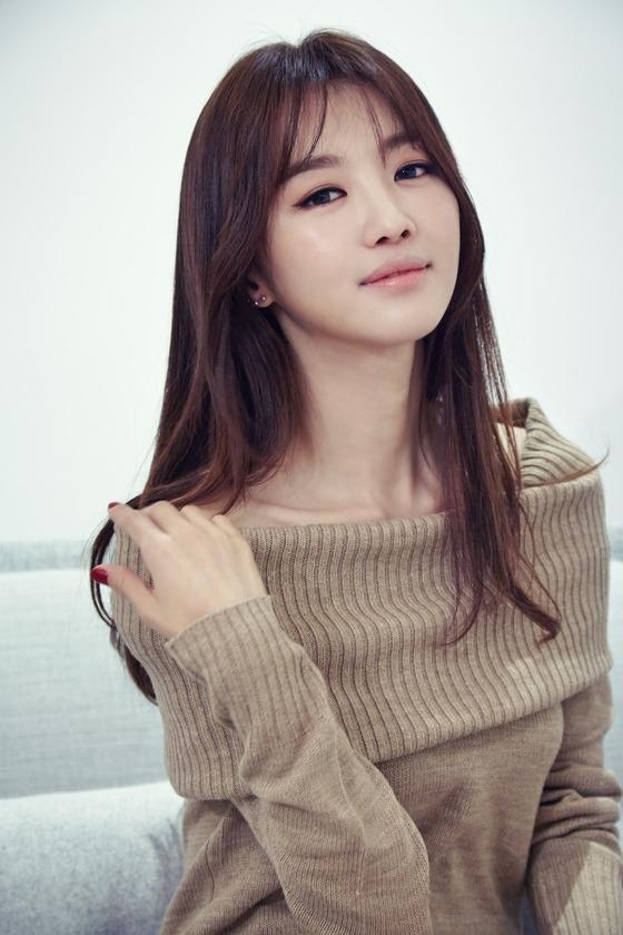 Lộ diện nữ diễn viên chính sánh đôi cùng nam diễn viên Park Shi Hoo trong Babel - Hình 1