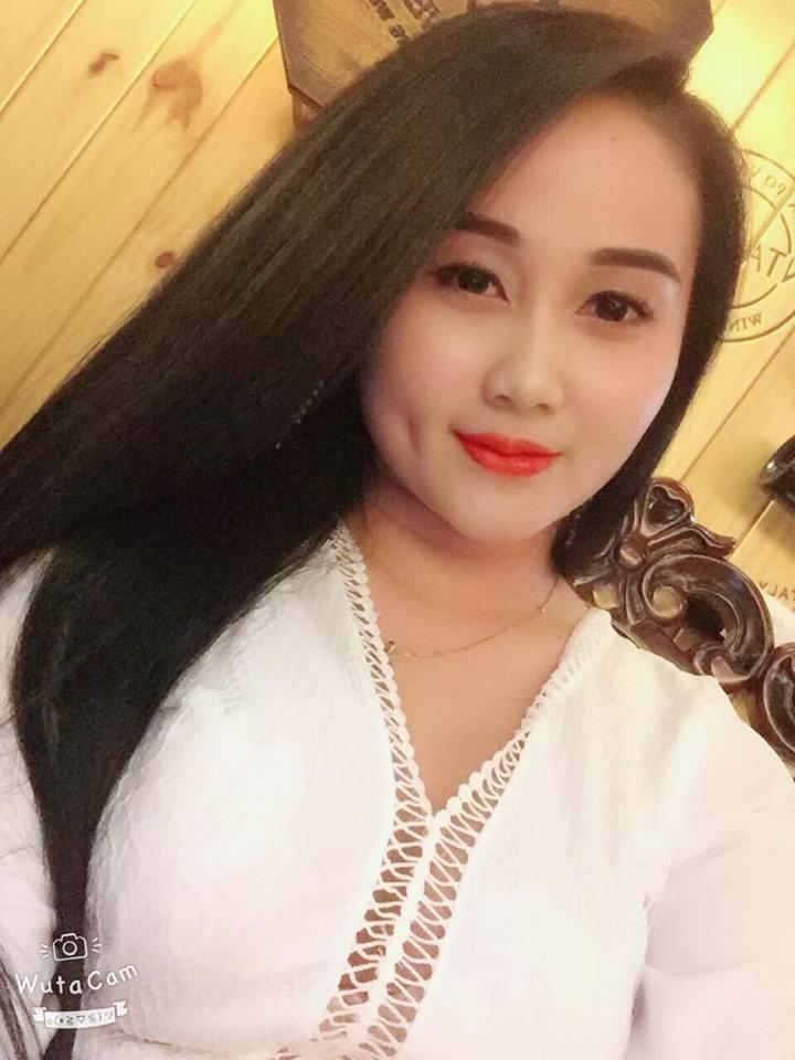 Top 5 hot girl của ĐTVN: Bạn gái Lâm tây giành... Quả bóng hồng - Hình 4