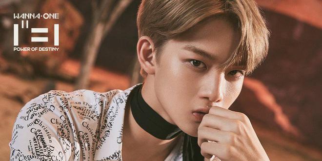 Xem mỹ nam boygroup nổi tiếng nhảy, fan mới phát hiện ra vòng eo nhỏ không kém... Black Pink của anh chàng này! - Hình 8