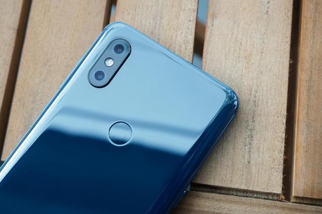 Cận cảnh Xiaomi Mi MIX 3 thiết kế trượt sắp bán tại Việt Nam - Hình 8