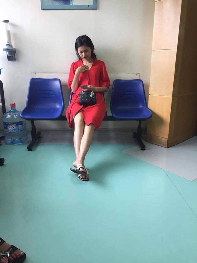 Lộ hình ảnh được cho là Á hậu Thanh Tú đi khám thai tại bệnh viện - Hình 1