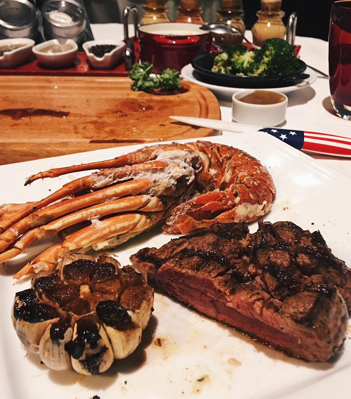 4 nhà hàng steak đắt xắt ra miếng cuốn hút hội sành ăn ở TP.HCM - Hình 12