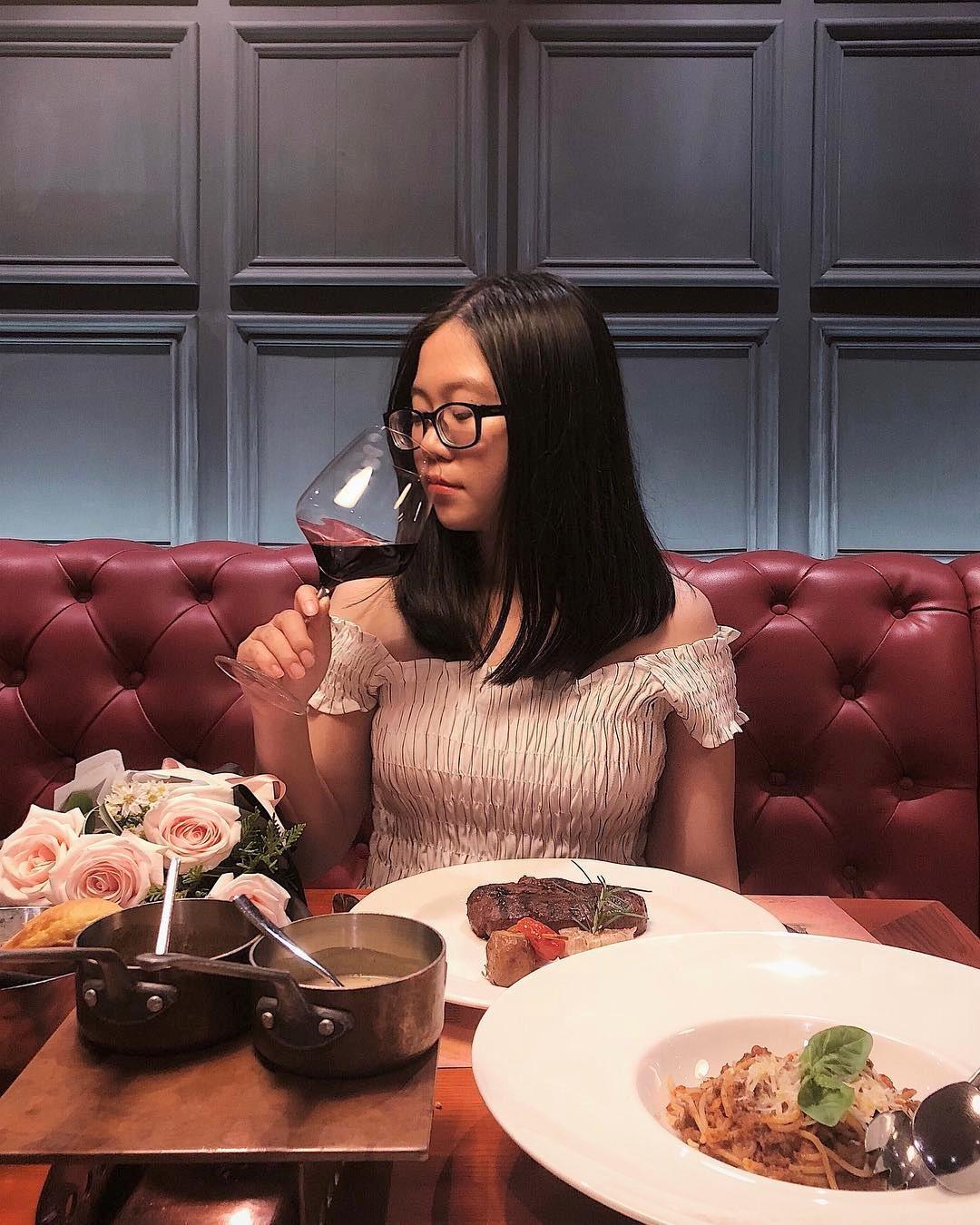4 nhà hàng steak đắt xắt ra miếng cuốn hút hội sành ăn ở TP.HCM - Hình 8