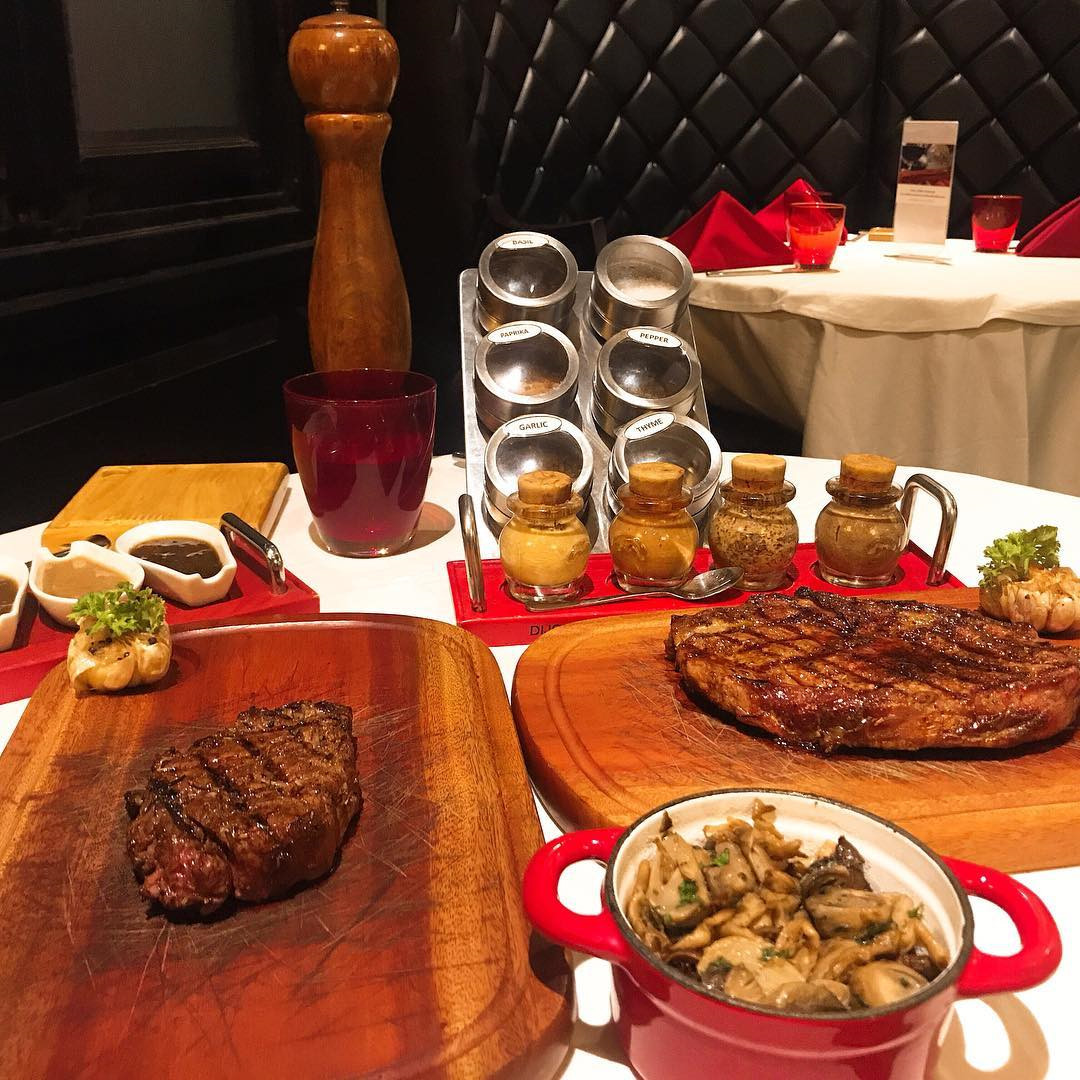 4 nhà hàng steak đắt xắt ra miếng cuốn hút hội sành ăn ở TP.HCM - Hình 13