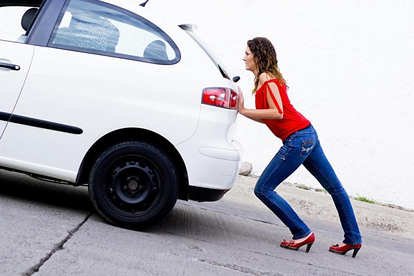 12 luật lệ lái xe ô tô kỳ lạ nhất trên thế giới - Hình 12