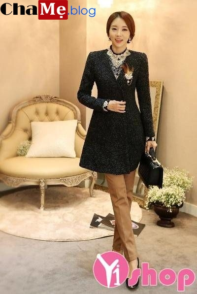 Áo khoác nữ không cổ đẹp đông khiến ai cũng phải ngoái nhìn - Hình 1