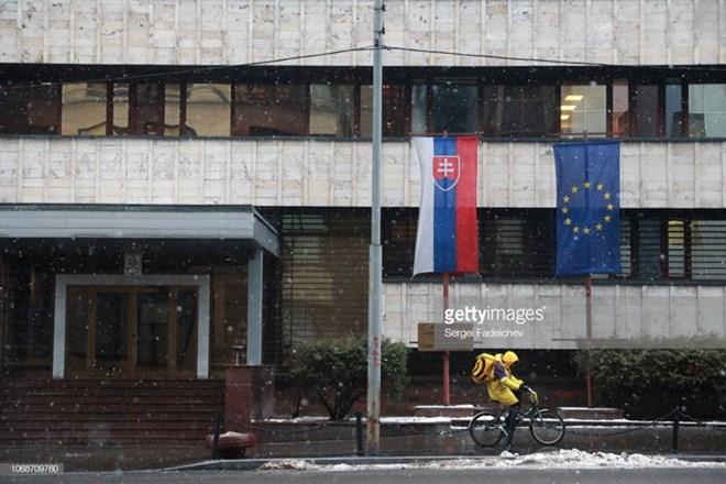 Bộ Ngoại giao Nga trục xuất một tùy viên quân sự Slovakia - Hình 1