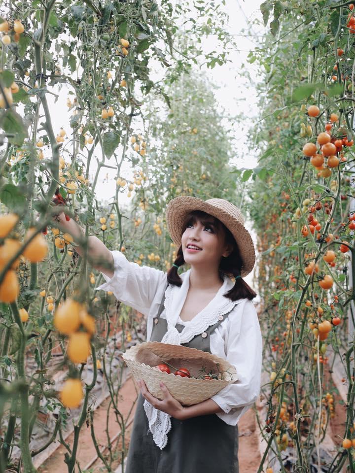 Chi Pu, Thanh Hằng và loạt mỹ nhân Việt đều mê mệt chiếc mũ bình dân này - Hình 12