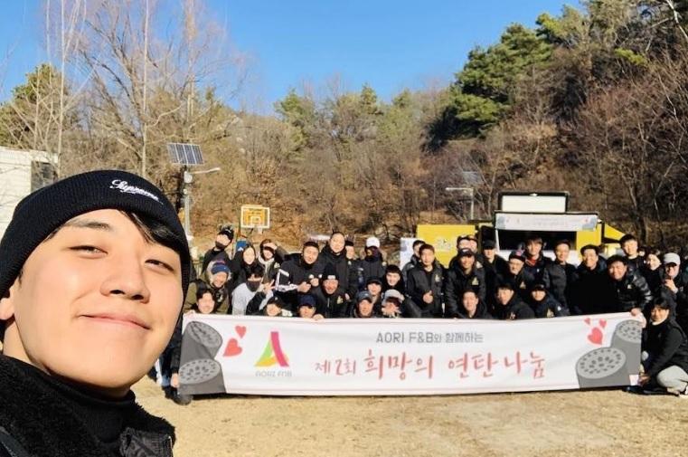 Dù là ảnh hậu trường, Kim Hee Sun vẫn khiến cư dân mạng choáng ngợp vì quá đẹp - Hình 9
