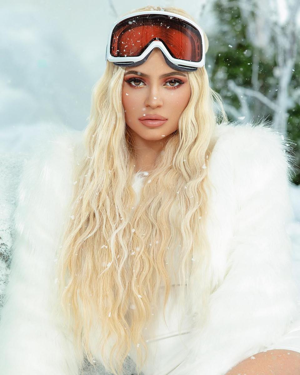 Kylie Jenner - ngôi sao quyền lực và gợi cảm nhất mạng xã hội 2018 - Hình 5