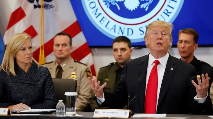 Mỹ lật ngược chính sách, người Việt lại đối mặt nguy cơ bị trục xuất - Hình 1