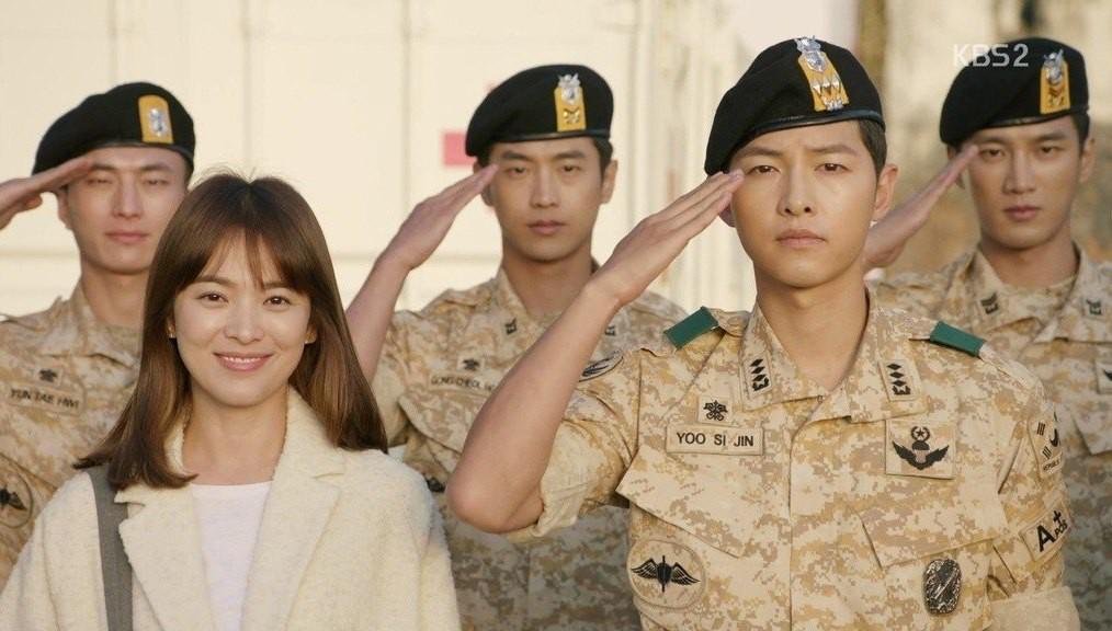 Nhìn gia tài phim của Song Hye Kyo mới thấy bà xã Song Joong Ki từng gây thổn thức biết bao thế hệ! - Hình 16
