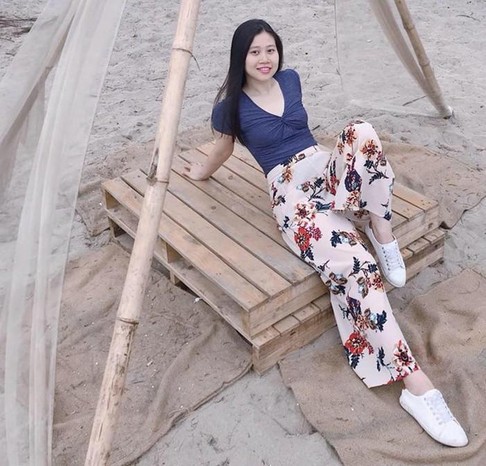 Vợ trẻ xinh đẹp của cầu thủ Trọng Hoàng ăn mặc sành điệu ra sao? - Hình 6