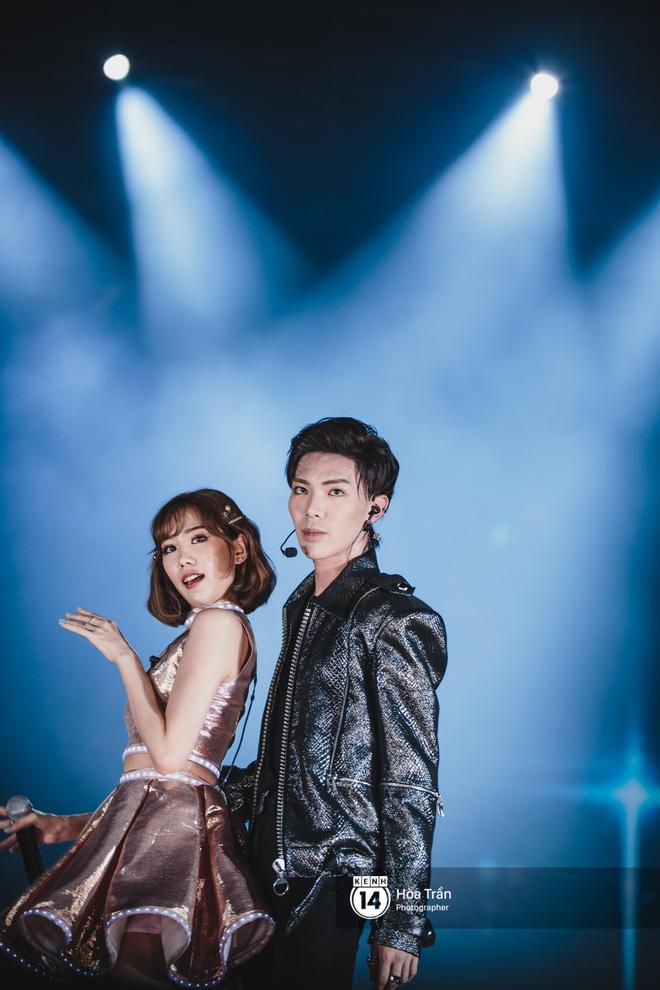 Fan Việt vỡ òa với loạt sân khấu hoành tráng của EXID cùng dàn sao Vpop khủng - Hình 11