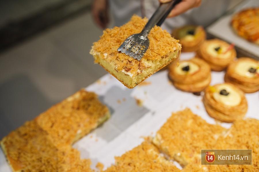 Điểm danh những món bánh đang làm mưa làm gió ở khắp các siêu thị, trung tâm thương mại 2 miền - Hình 1