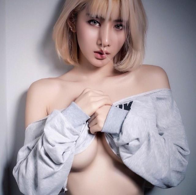 Giật mình với thân hình mời gọi của cô gái quyến rũ nhất Thái Lan - Hình 24