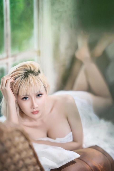 Giật mình với thân hình mời gọi của cô gái quyến rũ nhất Thái Lan - Hình 15
