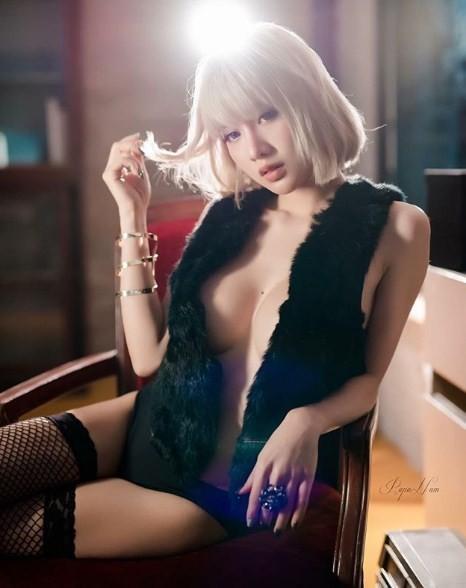 Giật mình với thân hình mời gọi của cô gái quyến rũ nhất Thái Lan - Hình 18