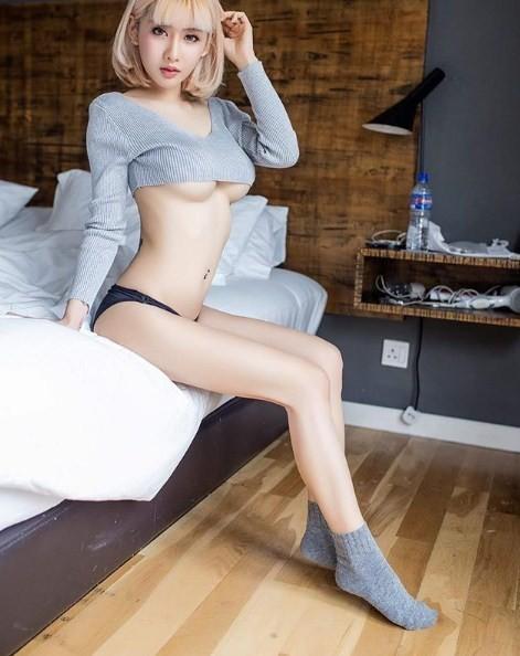 Giật mình với thân hình mời gọi của cô gái quyến rũ nhất Thái Lan - Hình 2