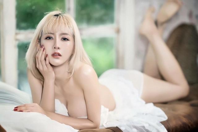Giật mình với thân hình mời gọi của cô gái quyến rũ nhất Thái Lan - Hình 11