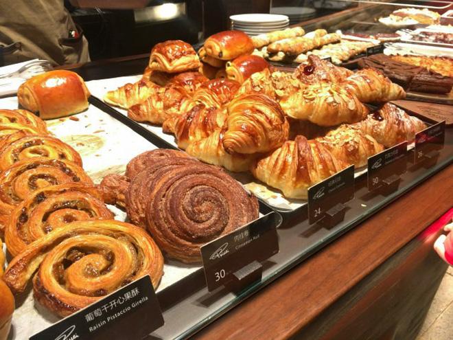 Bên trong cửa hàng Starbucks lớn nhất thế giới: điểm đến ao ước của mọi tín đồ cà phê - Hình 11