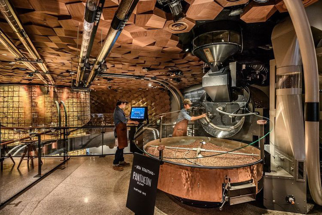 Bên trong cửa hàng Starbucks lớn nhất thế giới: điểm đến ao ước của mọi tín đồ cà phê - Hình 8