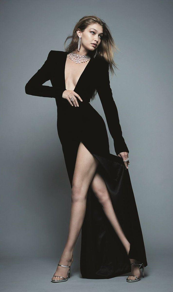 Chân dài Gigi Hadid phô đường cong vệ nữ khiến fan điên đảo - Hình 4