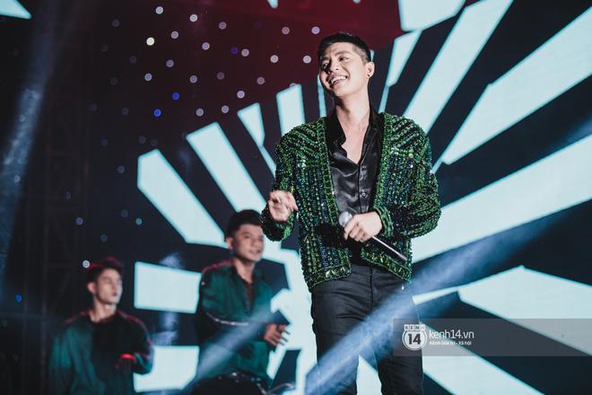 Noo Phước Thịnh với fan Sài thành trong showcase mừng sinh nhật tuổi 30 - Hình 3